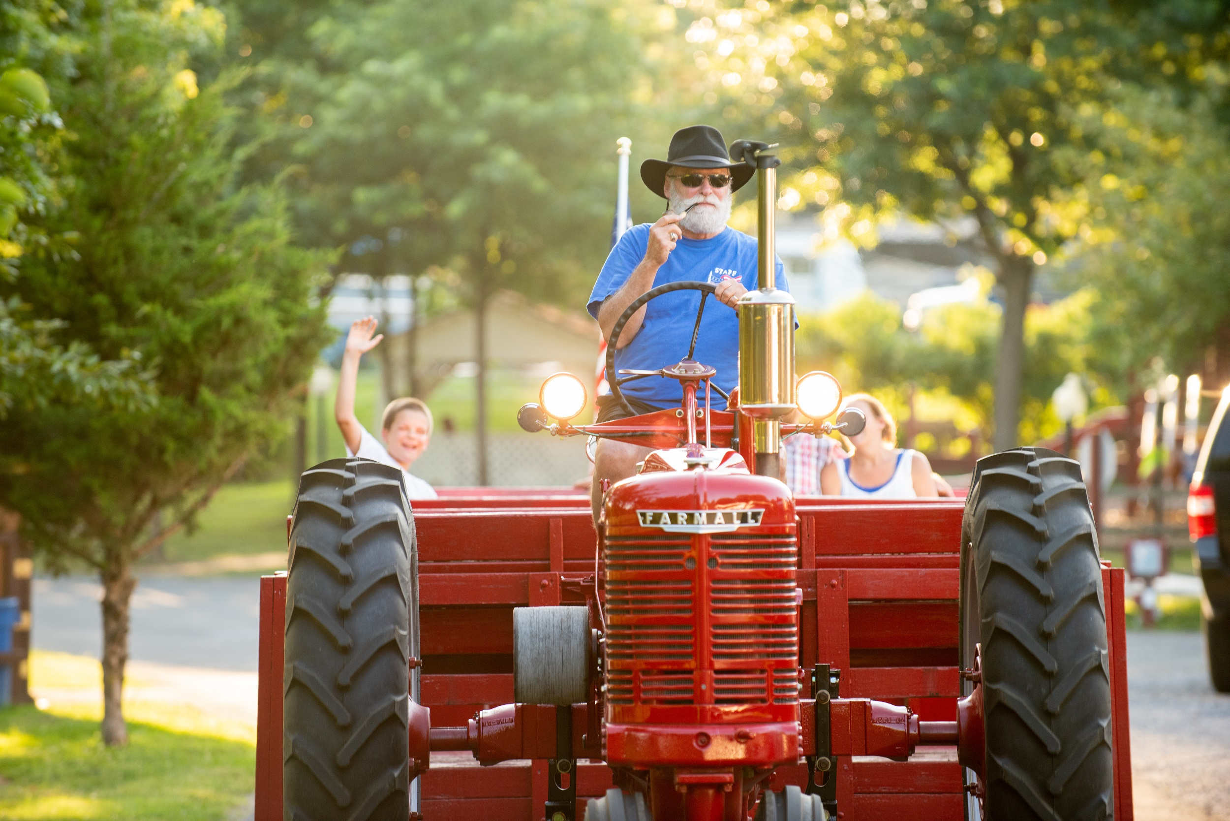 Nightly tractor rides (spring through fall) are a great way to meet your fellow campers!