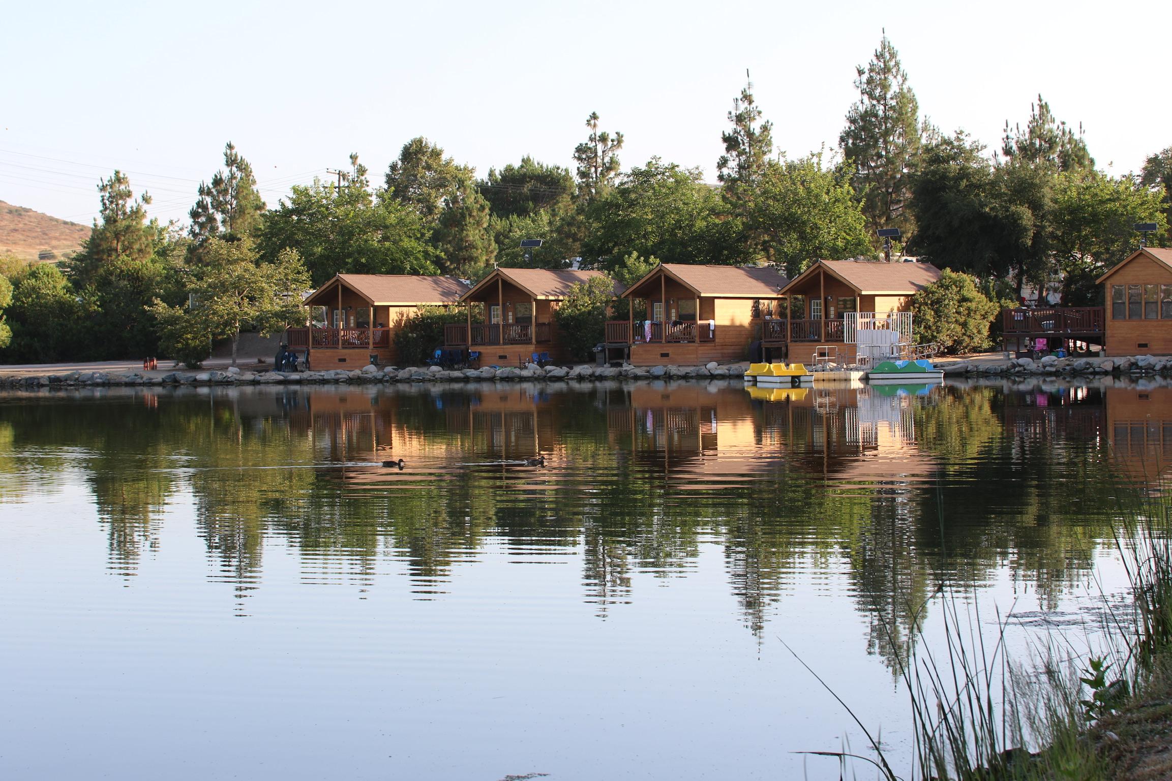 Lakeshore Cabins nestled on the shoreline of Lake 7