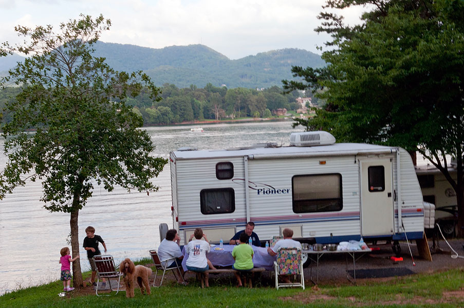 Family camping on Lake Chatuge