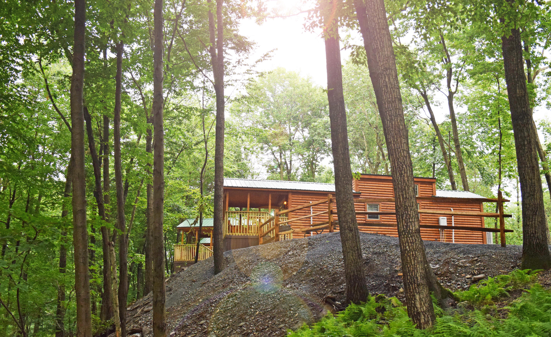 Luxury Cabin Rentals - Trailblazer Cabin