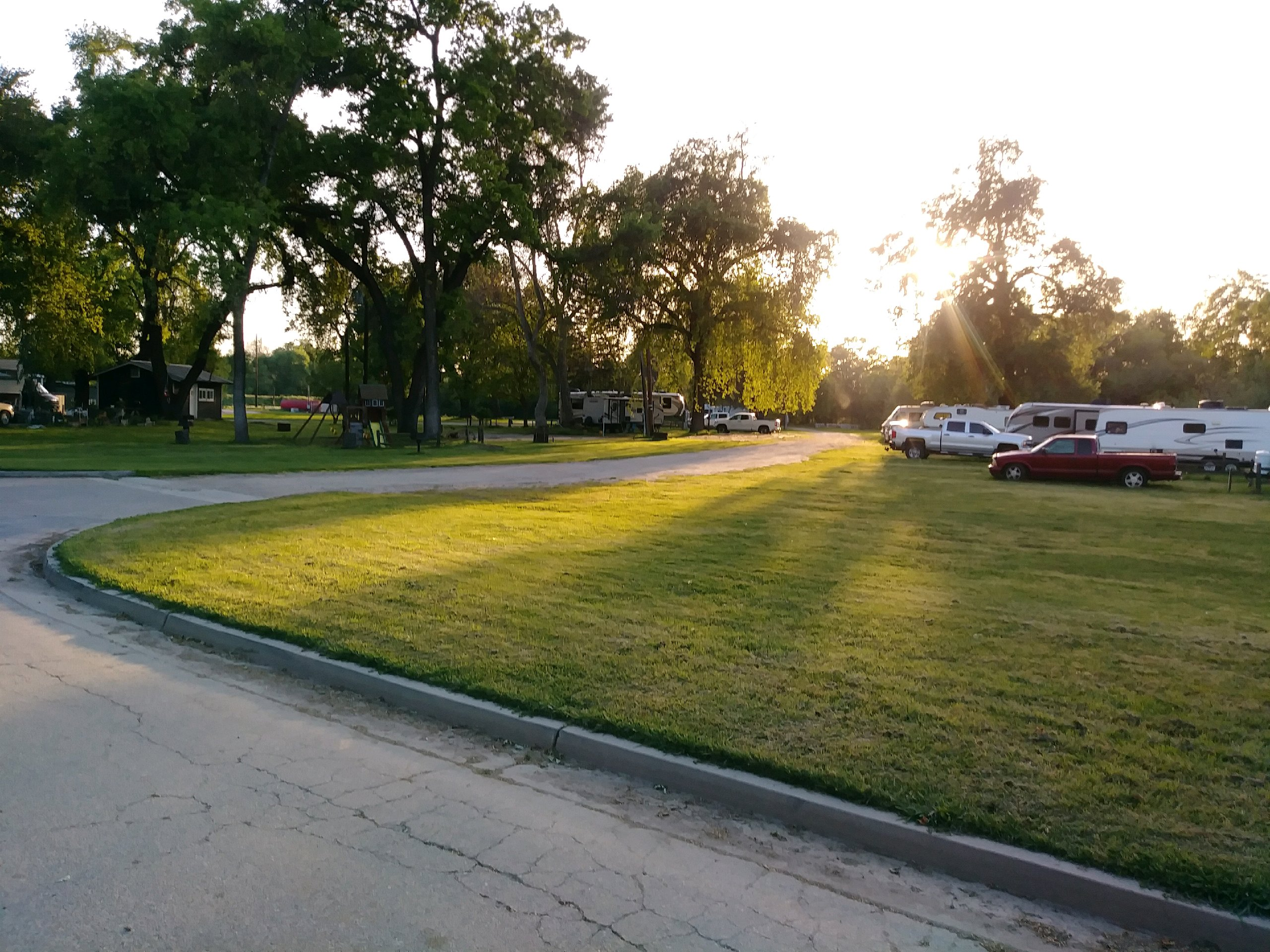 Riverbend Rv Park/ early evening