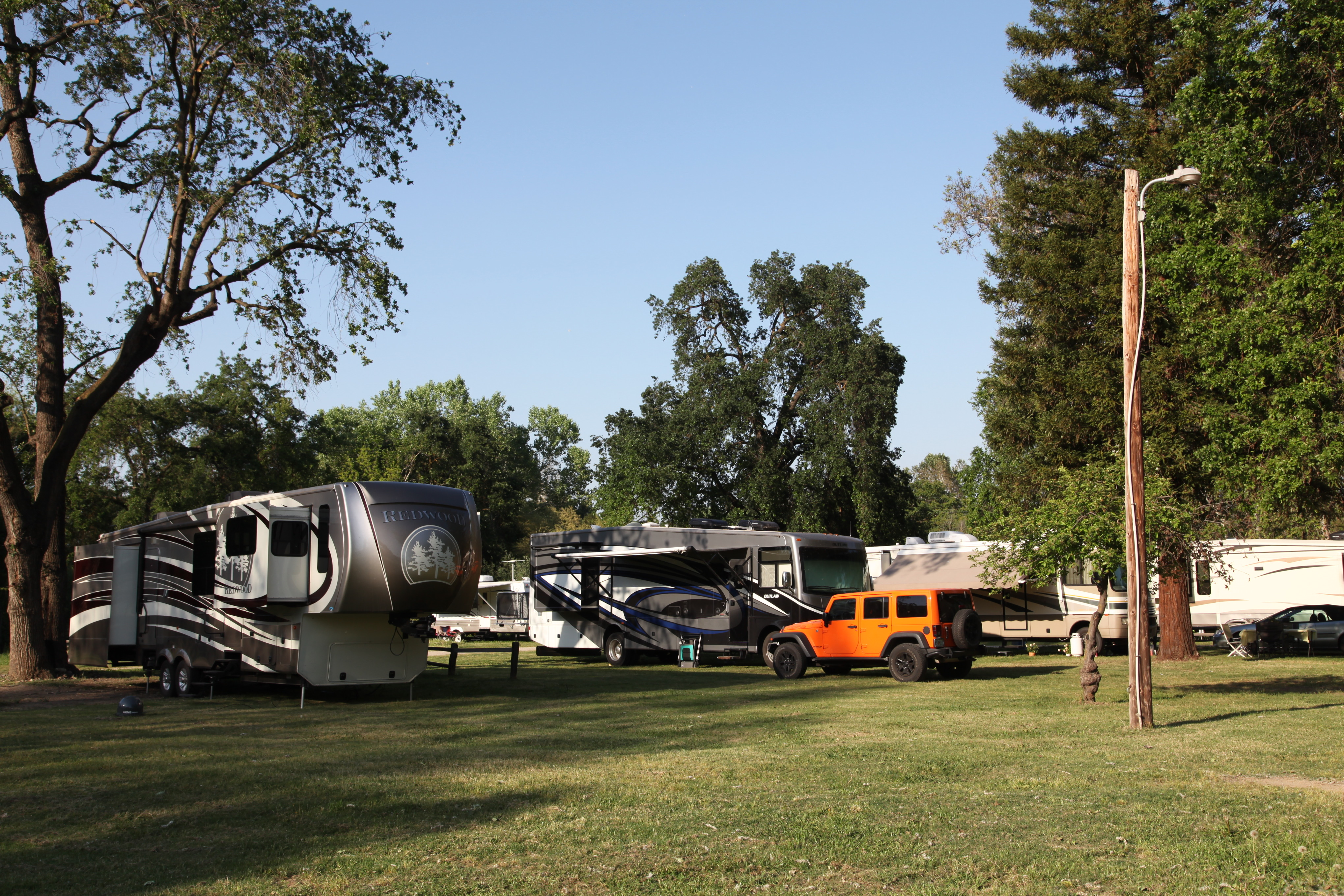 Riverbend Rv Park early afternoon
