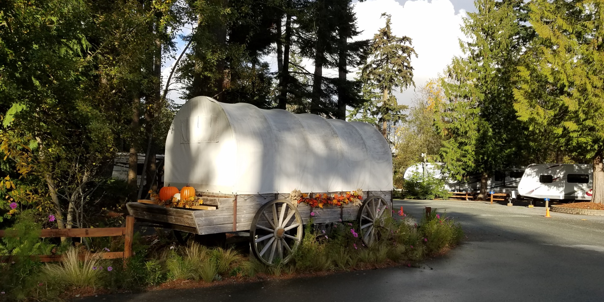 Pioneer Trails RV Park - Covered Wagon