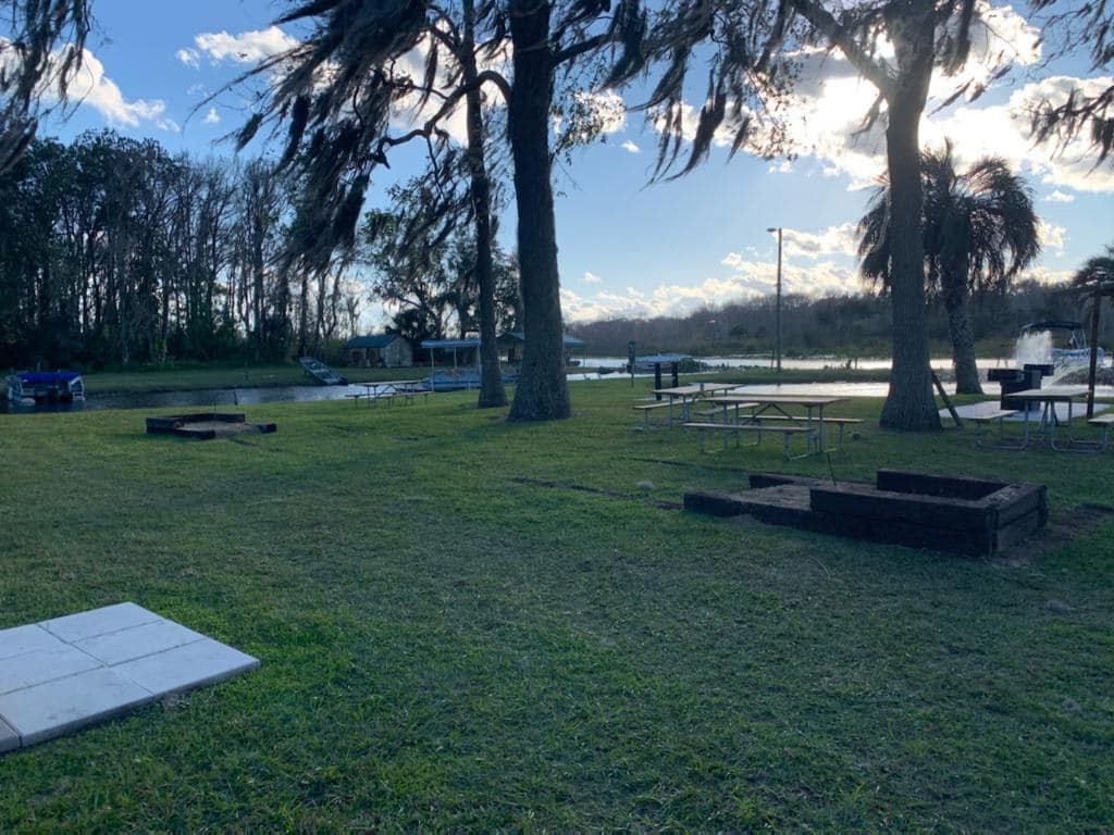Nelson's Outdoor Resort-Horseshoe