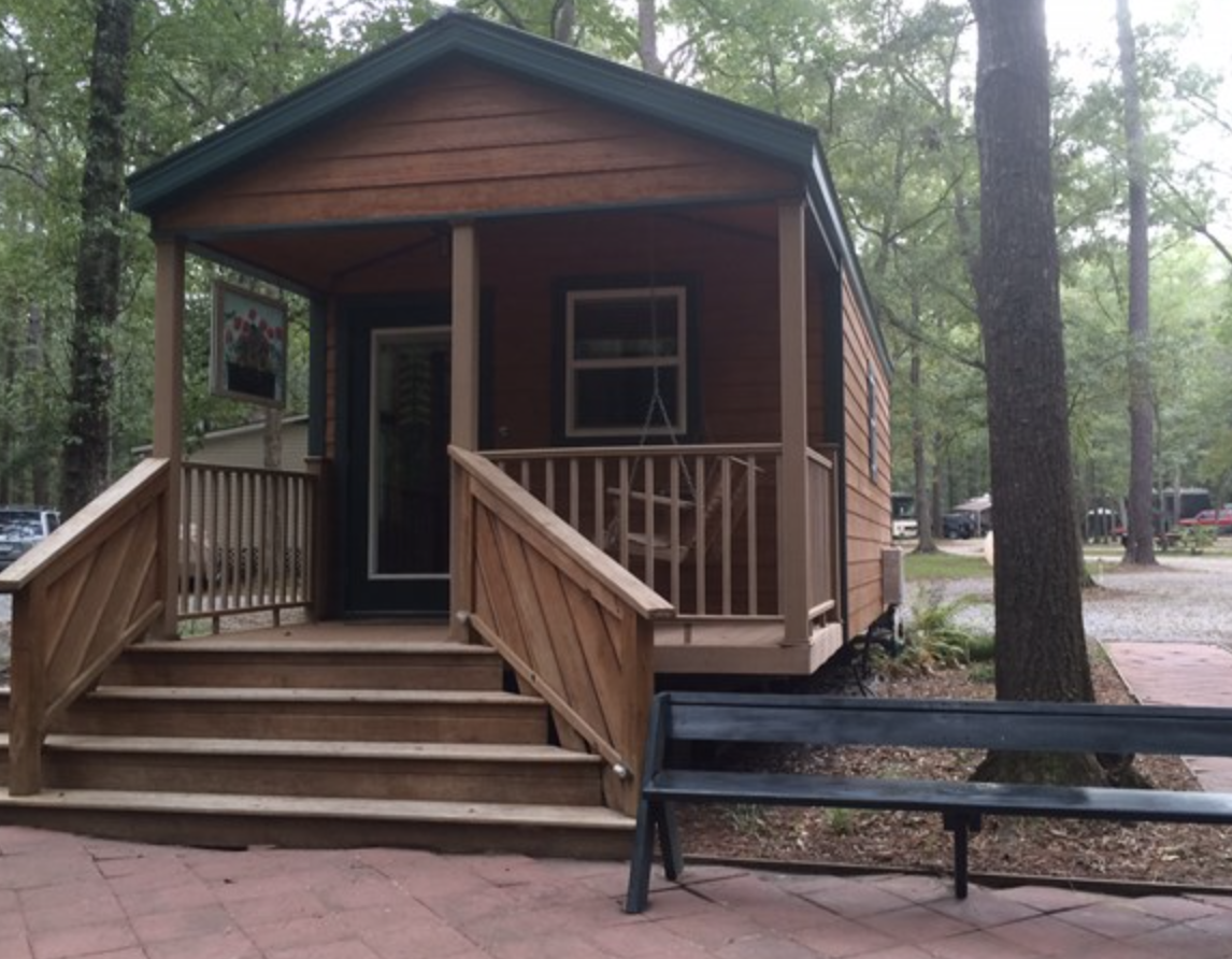 Point South-Park Model Cabin