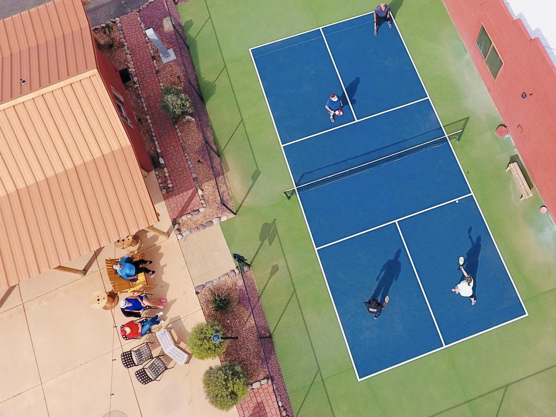 Desert Springs-sport court