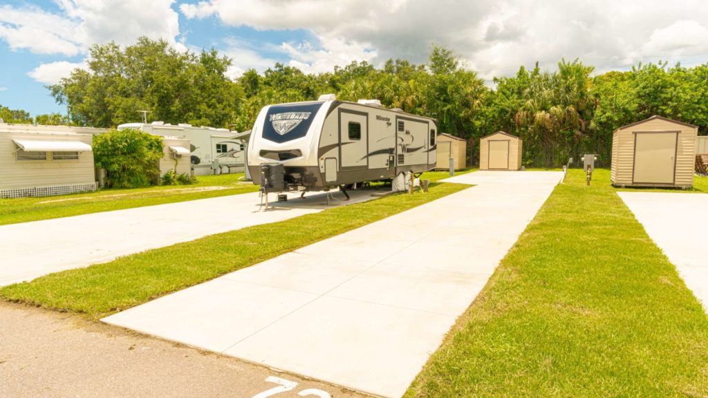 Ellenton Gardens-RV site with concrete pad