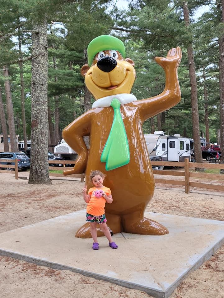 Yogi Bear™ Statue
