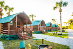 Camping Cabins - Newly remodeled