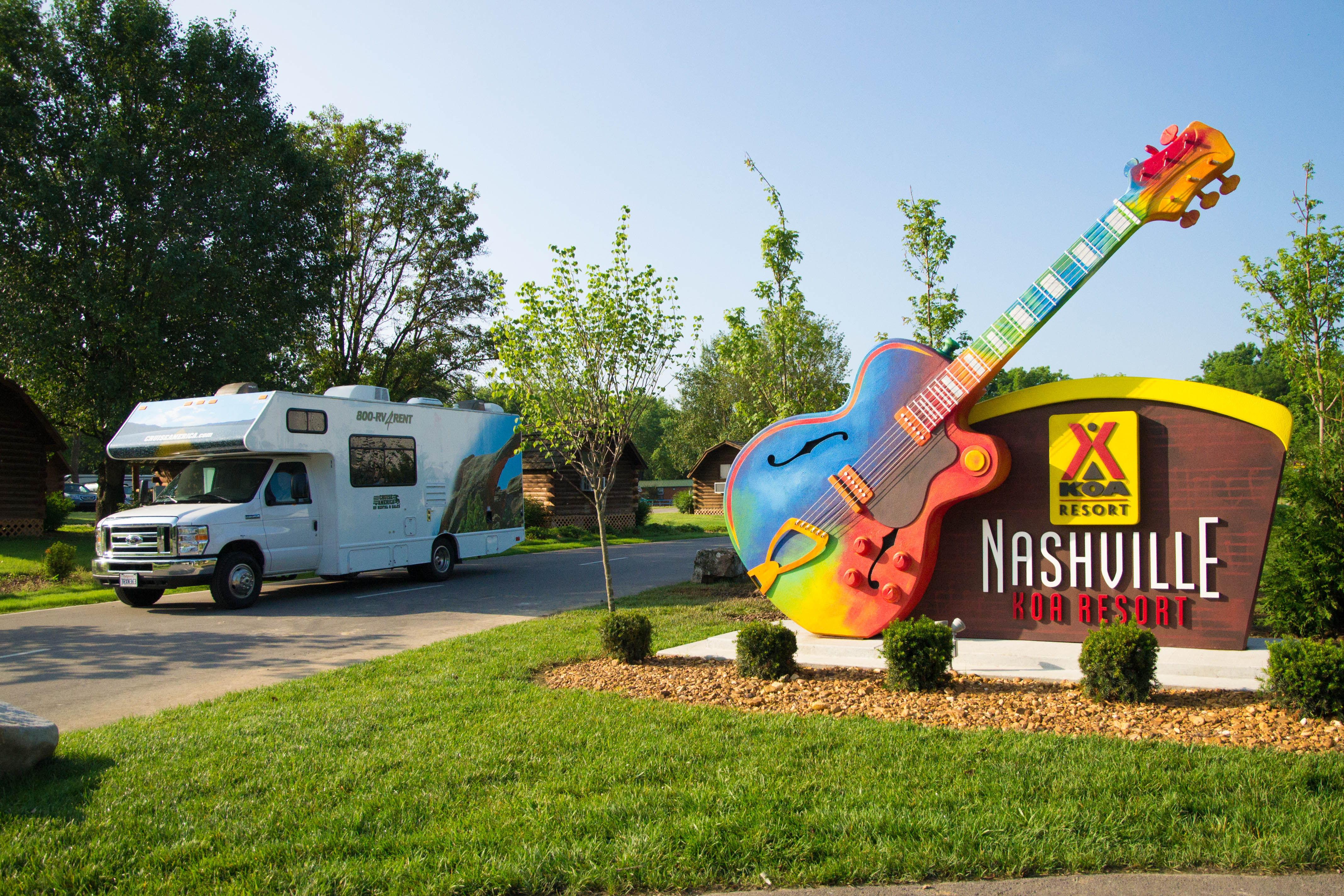 RV friendly campground with deluxe sites